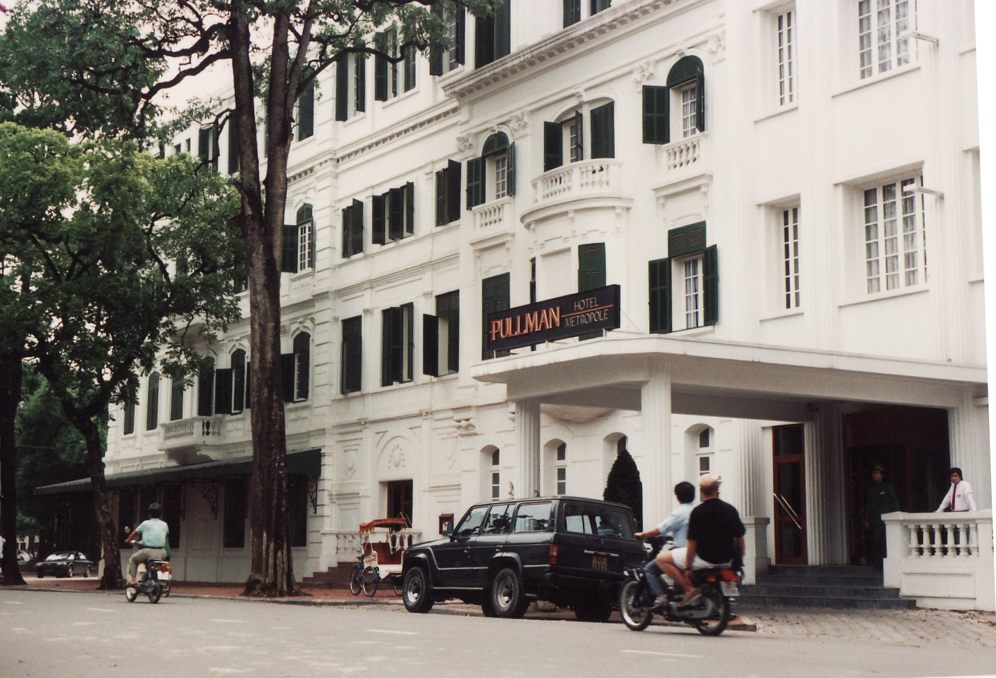 Guest blog–Ali Swanson and Hanoi's Hotel Metropole, 1992