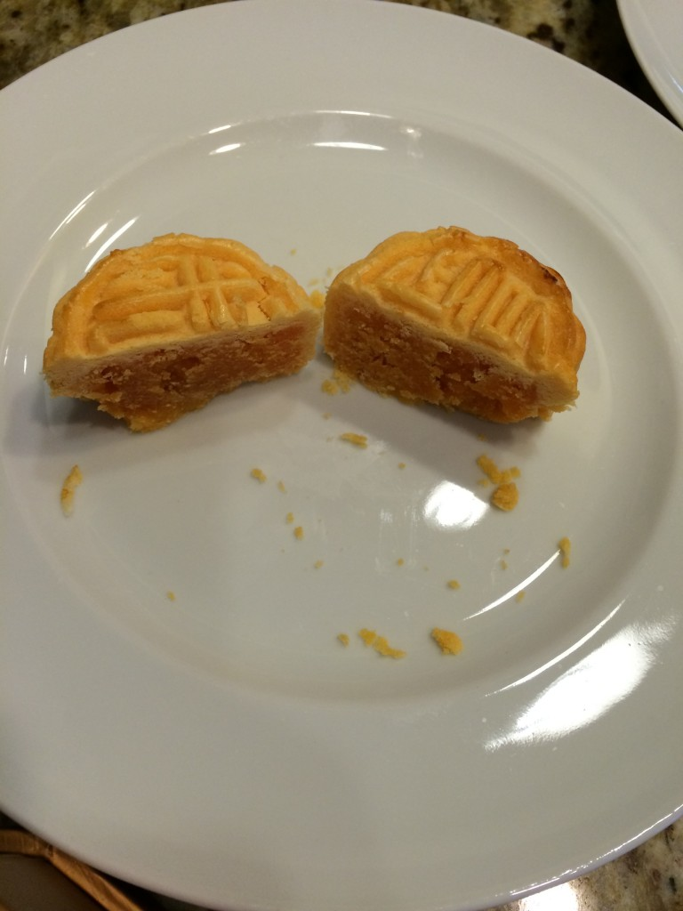 Open mooncake