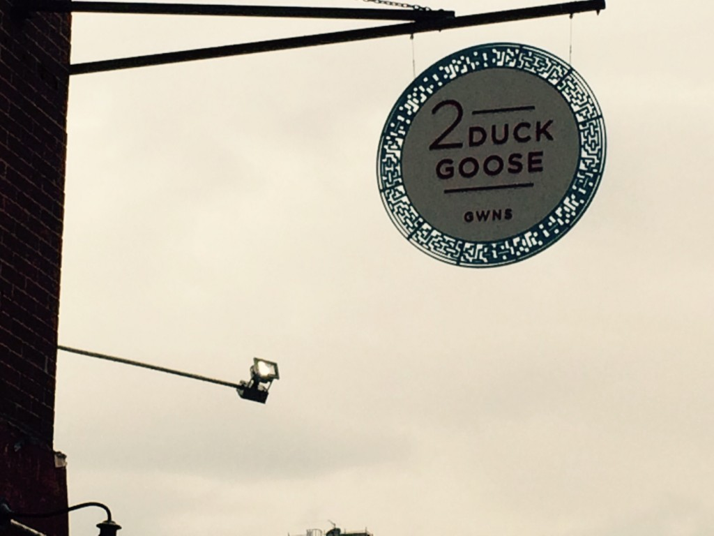 2 Duck Goose sign