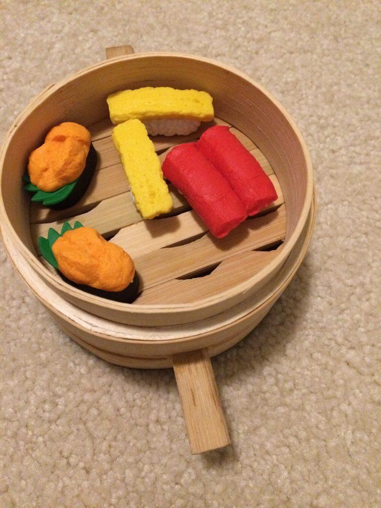 sushi-erasers